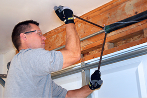Garage door service and repair in Catskill, NY.